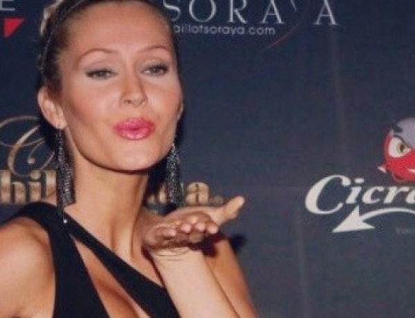 #IDV4 : Tatiana Laurens et son décolleté plongeant lors des Top Model Belgium 2014