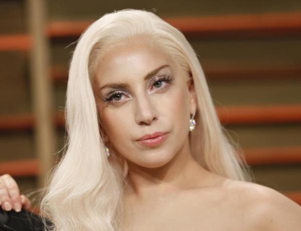 Lady Gaga s'engage en politique pour défendre les étudiantes victimes de viol