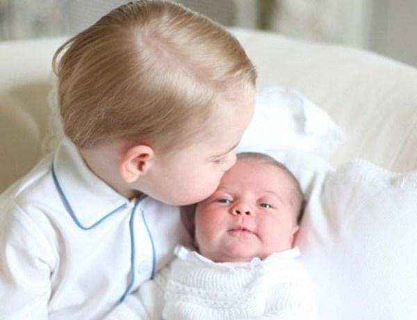 """Pour le prince Charles, la princesse Charlotte est """"plus facile à vivre"""" que le prince George"""