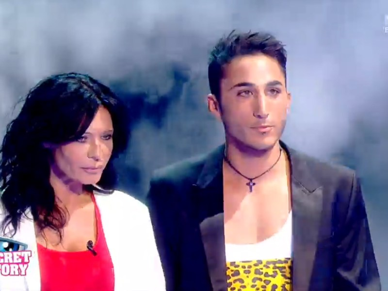 #LesVacancesDesAnges : Vivian et Nathalie on recouché ensemble, il s'explique !