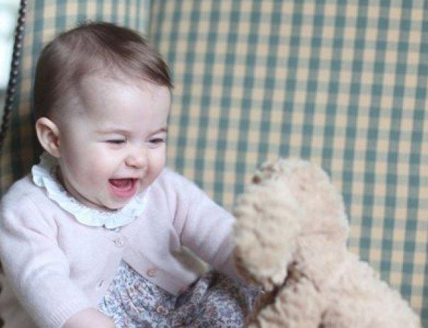 La princesse Charlotte a déjà son propre rouge à lèvres !