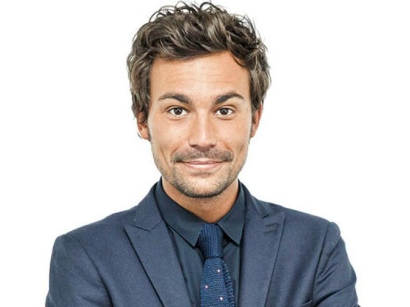 Bertrand Chameroy aurait une émission en direct sur W9 en septembre