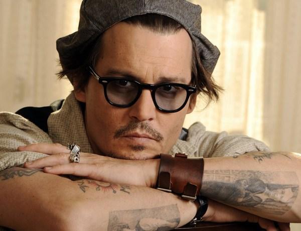Johnny Depp fait modifier son tatouage et insulte Amber Heard
