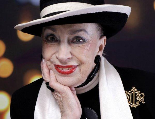 """Geneviève de Fontenay dit """"oui"""" au burkini : """"C'est l'exhibitionnisme qui est indécent"""""""