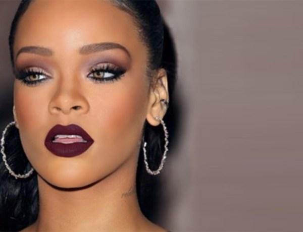 Quand François Hollande et Rihanna s'échangent des messages sur Twitter !