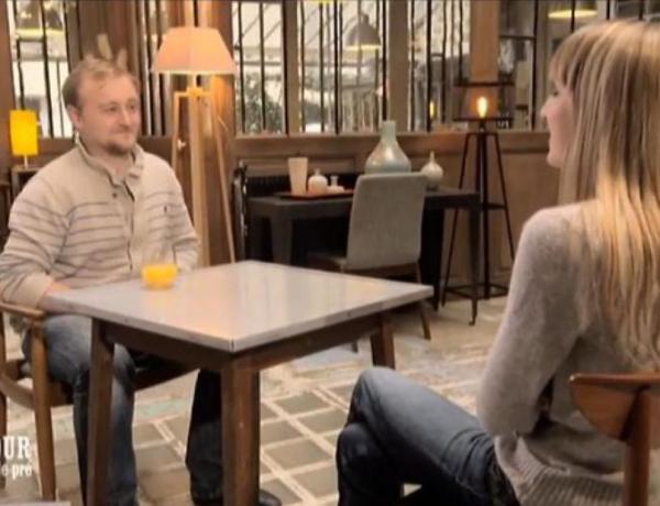 #ADP : Charlotte tacle Julien, «Il se sert de l'humour pour cacher son arrogance»