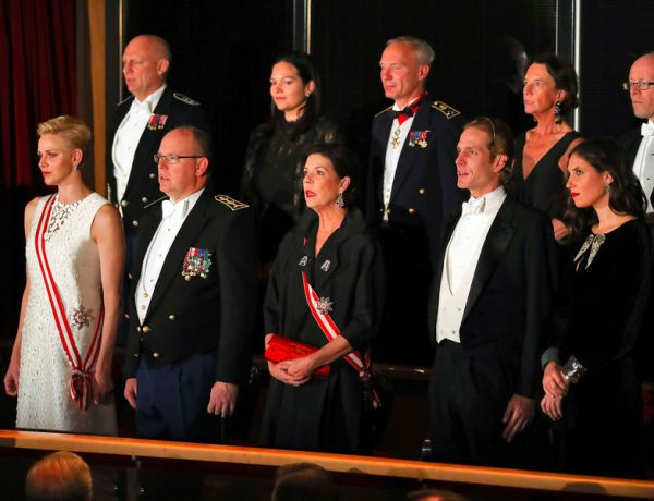 Charlène de Monaco et le prince Albert, en famille, toujours aussi amoureux