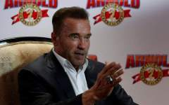 Arnold Schwarzenegger fait une drôle de proposition à Donald Trump…