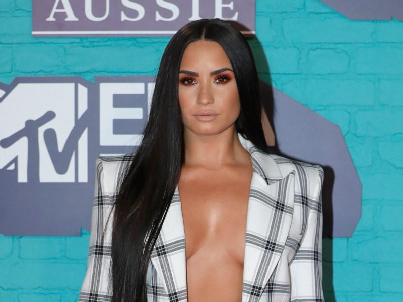 MTV EMA Awards 2017 : Demi Lovato, Camila Cabello, les meilleurs looks de la soirée !