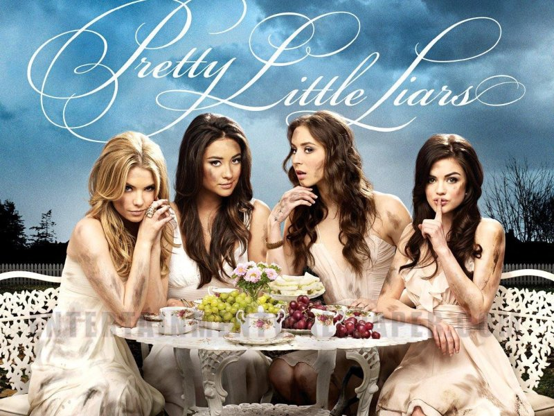 """Pretty Little Liars : Découvrez les nouvelles infos sur le spin-off """"The Perfectionists"""" !"""