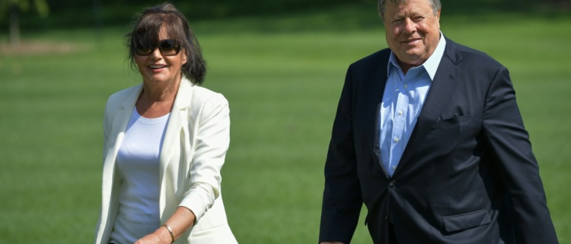 Les parents de Melania Trump désormais résidents permanents