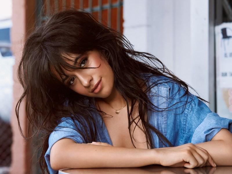 Camila Cabello : La chanteuse a trouvé l'amour dans les bras d'un homme plus âgé !