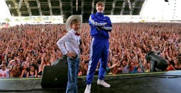 Coachella : Mason Ramsey, le « Yodeling Boy » soulève les foules lors du festival