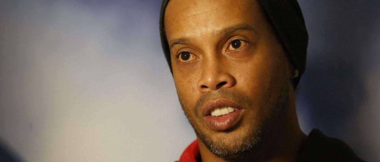 Ronaldinho dément vouloir épouser ses compagnes