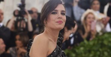 Met Gala 2018 : Charlotte Casiraghi fait une apparition remarquée sur le tapis rouge