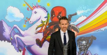 Deadpool 2 : Quand Ryan Reynolds chante… déguisé en licorne !