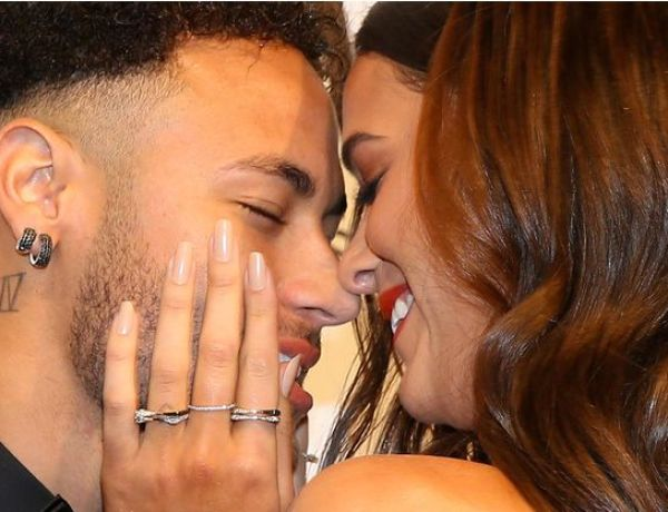 Neymar et Bruna Marquezine dans une publicité très hot !