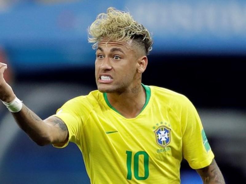 Coupe du monde 2018 neymar change encore de coupe de for Neymar coupe de cheveux tuto