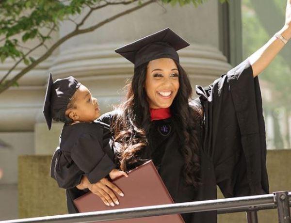 Etats-Unis : Elle passe les examens de Harvard sous péridurale