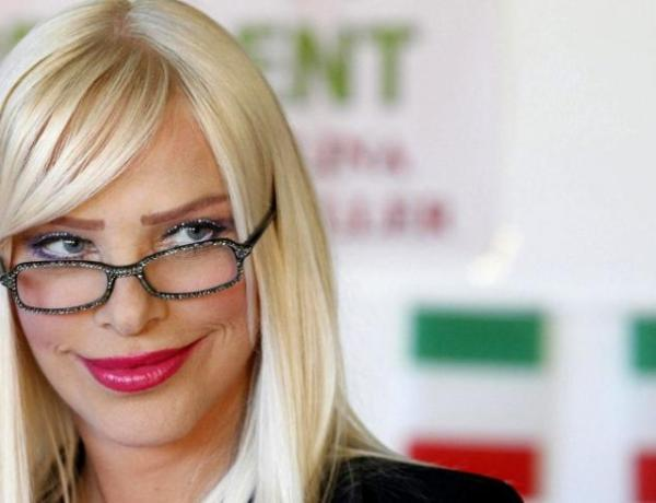 Cicciolina, d'espionne hongroise à actrice porno