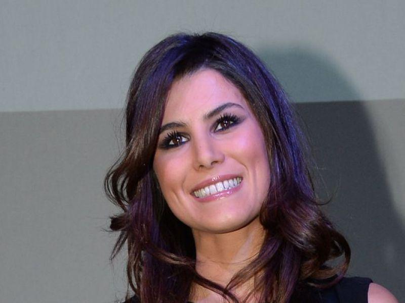 Karine Ferri enceinte : L'animatrice plus épanouie que jamais à quelques jours de l'accouchement