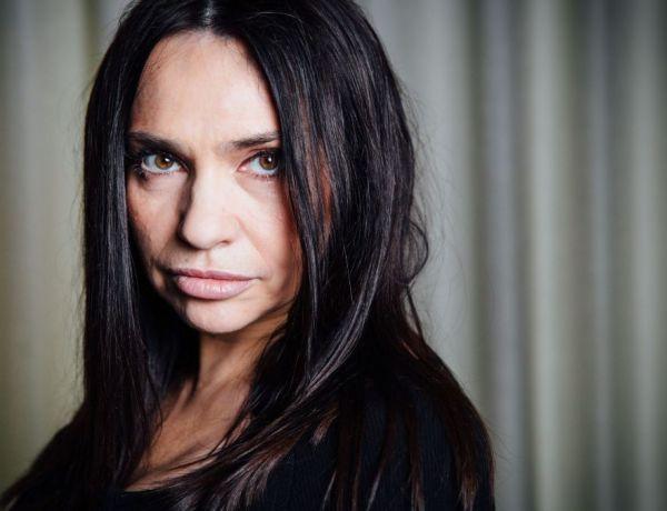 Béatrice Dalle évoque son passé de femme battue