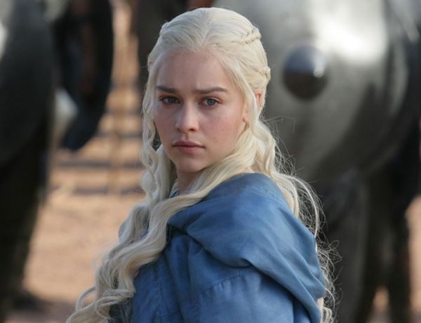 Game of Thrones : Emilia Clarke immortalise son rôle avec un tatouage