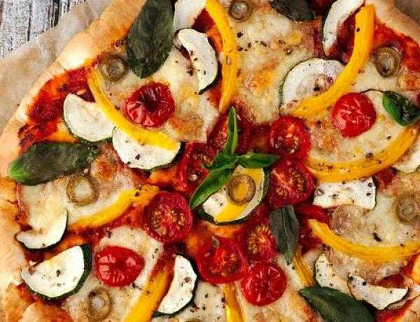 Végétarienne, elle tombe malade après avoir retrouvé du jambon dans sa pizza