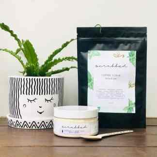 Gift Pack with Plant, body scrub and bath soak