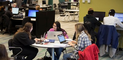 Students collaborate in the Lougheed Commons