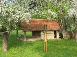 Sušička ovoce v Hostětíně. http://www.veronica.cz/ovocnarstvi