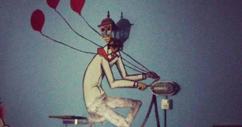 Bien arrivés à #buenosaires dans notre superbe auberge #artfactoryhostel. Le vélo me suit même en Argentine. :) 1