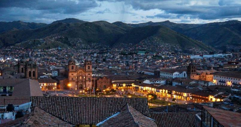 Cuzco by night 1