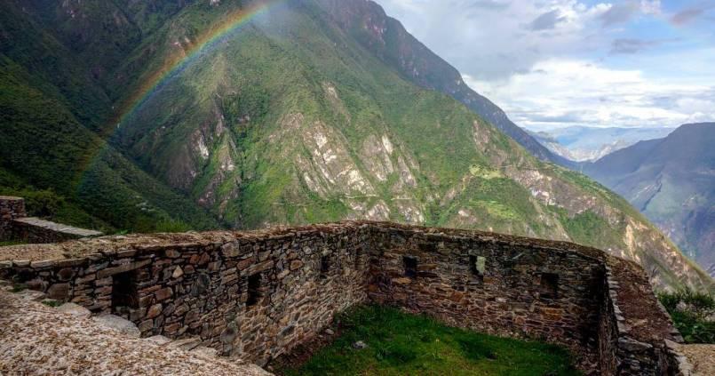 Arc-en-ciel sur Choquequirao. 1