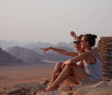 Les Morissettes sur fond de Wadi Rum 😍 #seulesaumonde #jordanie #jordan 15