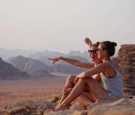 Les Morissettes sur fond de Wadi Rum 😍 #seulesaumonde #jordanie #jordan 13
