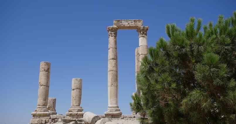 Souvenir de Jordanie. #jordanie #voyage #soleil #cielbleu #ruines #amman 1