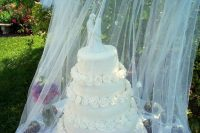 How to decorate your outdoor wedding | Pouted Online ...