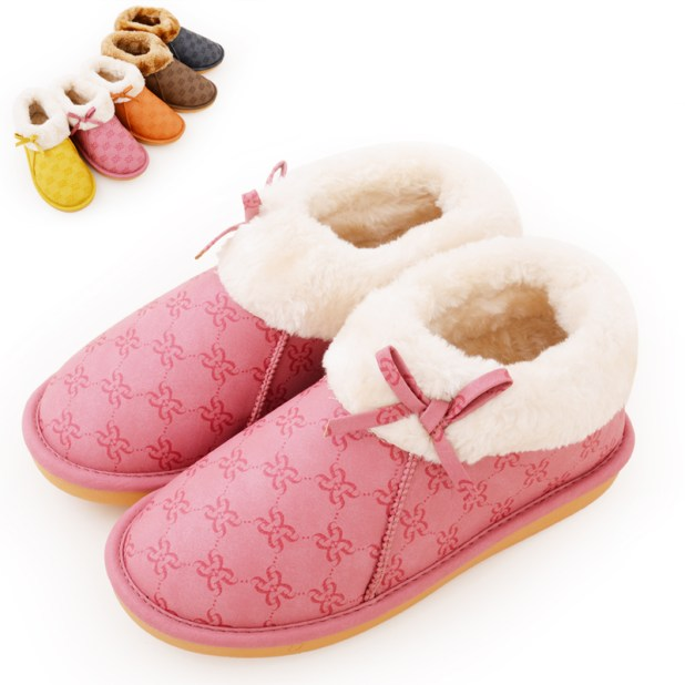 cotton-padded-slippers Best 10 Ideas for Choosing Winter Gifts