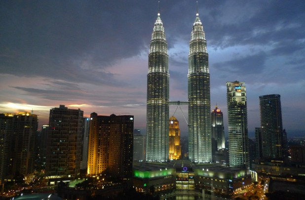 petronas_towers What Are The Best 15 Skyscrapers in the World?