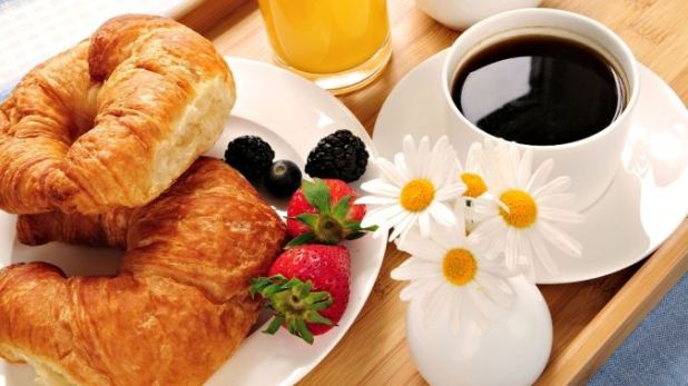 Tea-Camomiles-Breakfast How to Lose Weight at Age +40
