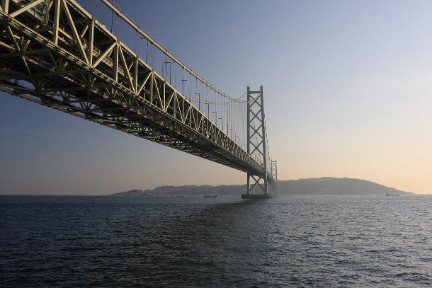 18.-Akashi-Kaikyo-Bridge 18 Most Unique Bridges Of The World