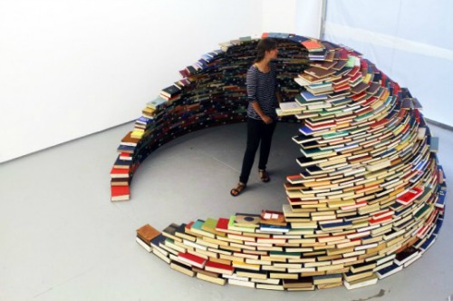 Book-igloo 12 Impressive Art Works Made From Recycled Materials