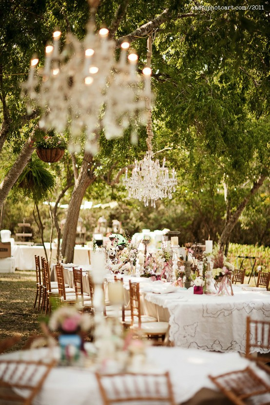 SpringSummer Outdoor Wedding Inspiration  SoundSurge