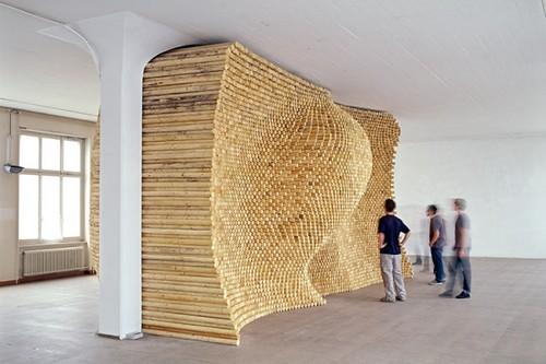 installationsculpturestickswavewoodart-ff92994fccae1404960b69f08d2d94f9_h 24 Amazing Wooden Installations Art