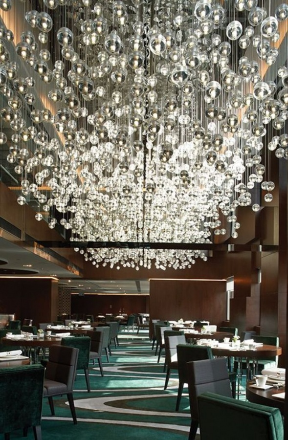 modern-retro-crystal-chandeliers-restaurant-the-mira-hong-kong Do You Dream of Starting and Running Your Own Restaurant Business?