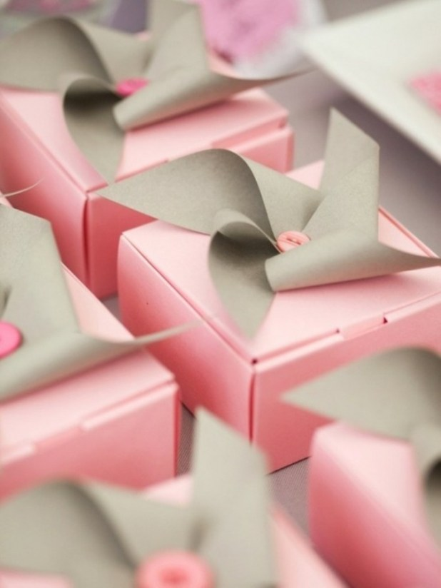 112871534380449846_droLWEjj_c 40 Creative & Unusual Gift Wrapping Ideas