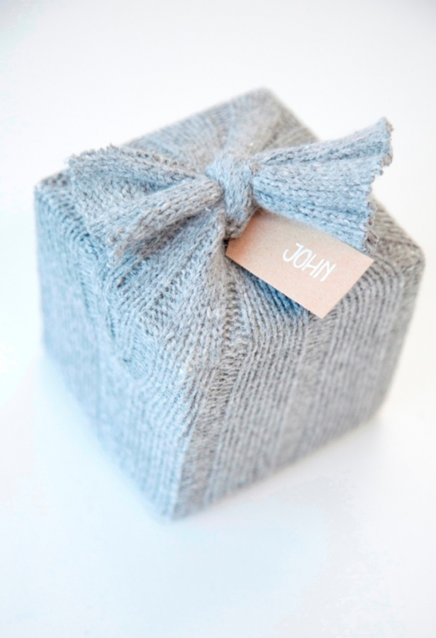 gift-wrap-ideas-7 40 Creative & Unusual Gift Wrapping Ideas
