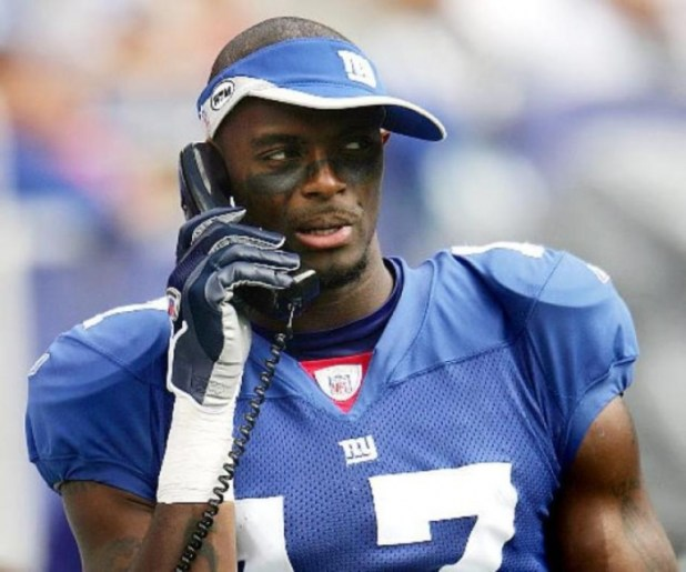 Plaxico-Burress Top 10 Stupidest Players in Sports
