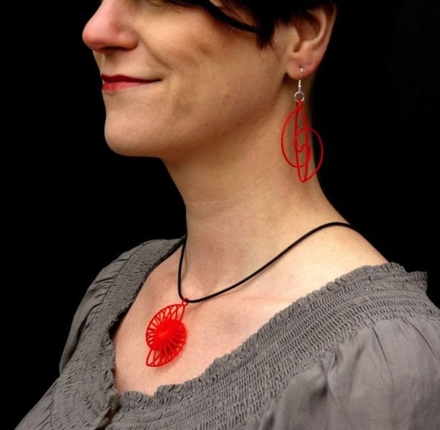 3D-printed-jewelry-designs-16 50 Coolest 3D Printed Jewelry Designs